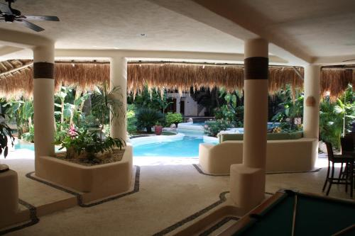 La Tortuga Hotel & Spa Adults Only