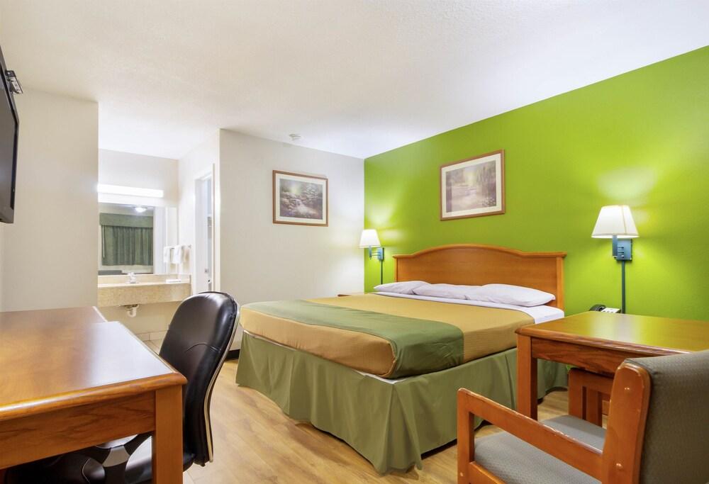 Gallery image of Americas Best Value Inn