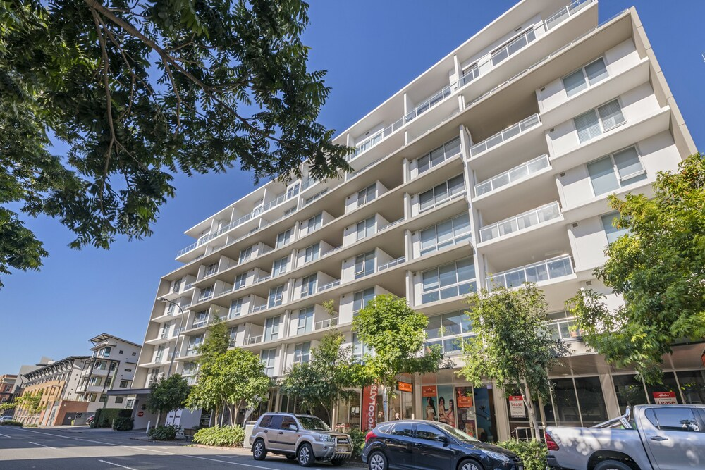 Doubleone3 Apartments