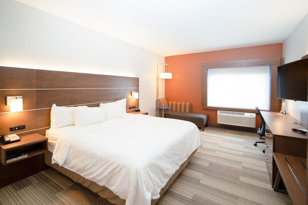 Gallery image of Holiday Inn Express Houghton Keweenaw