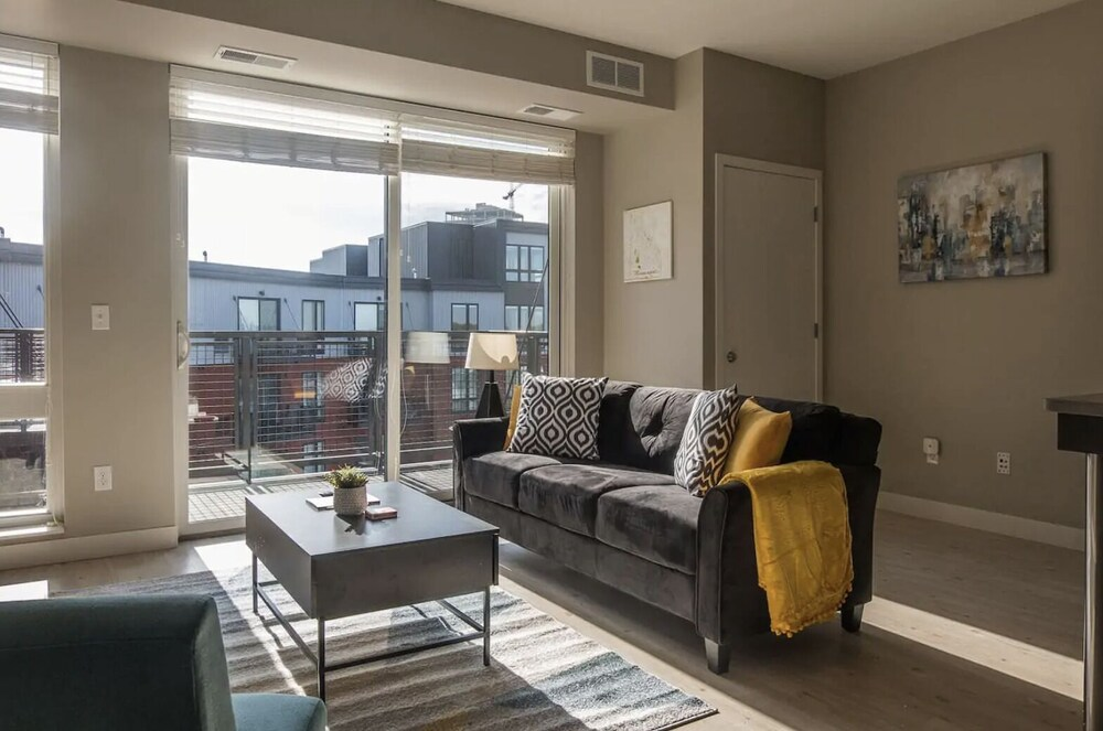 Updated Apts near River by Frontdesk