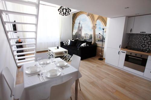 Cracow Glam&Modern Apartment Old Town
