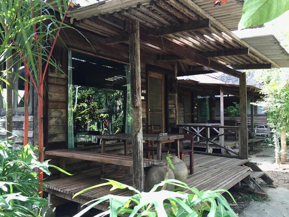 Pang Mai Resort