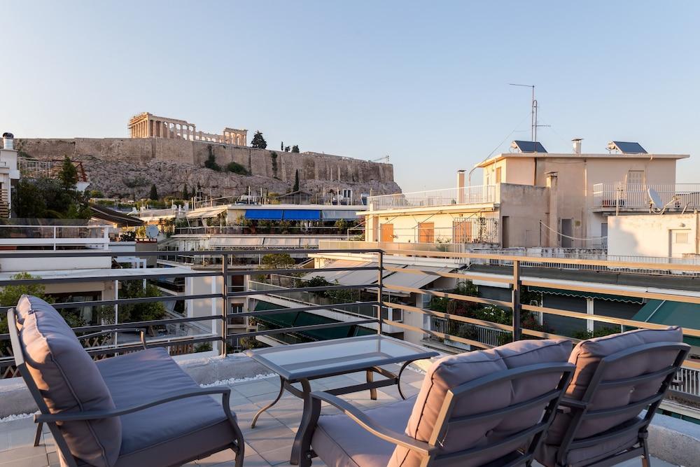 Acropolis Stylish Suite