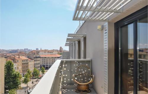 Stunning apartment in Marseille w 3 Bedrooms