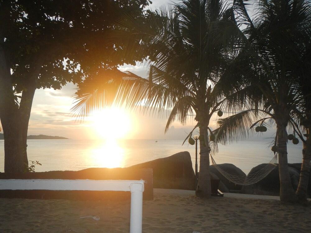 Gallery image of Sunrise Bungalow