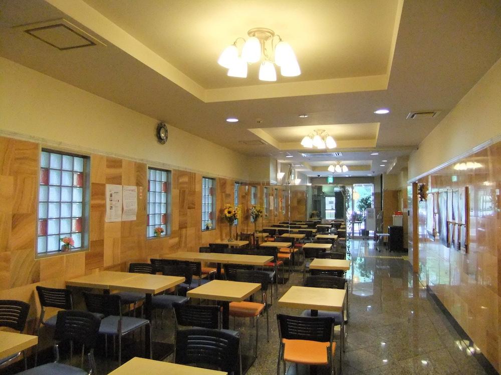 Step Inn Shin Osaka Higashiguchi