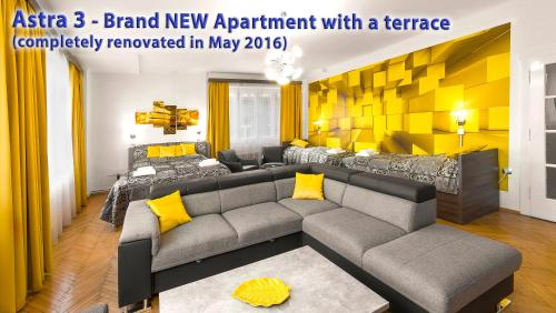 Astra 3 Large Apartment With Terrace