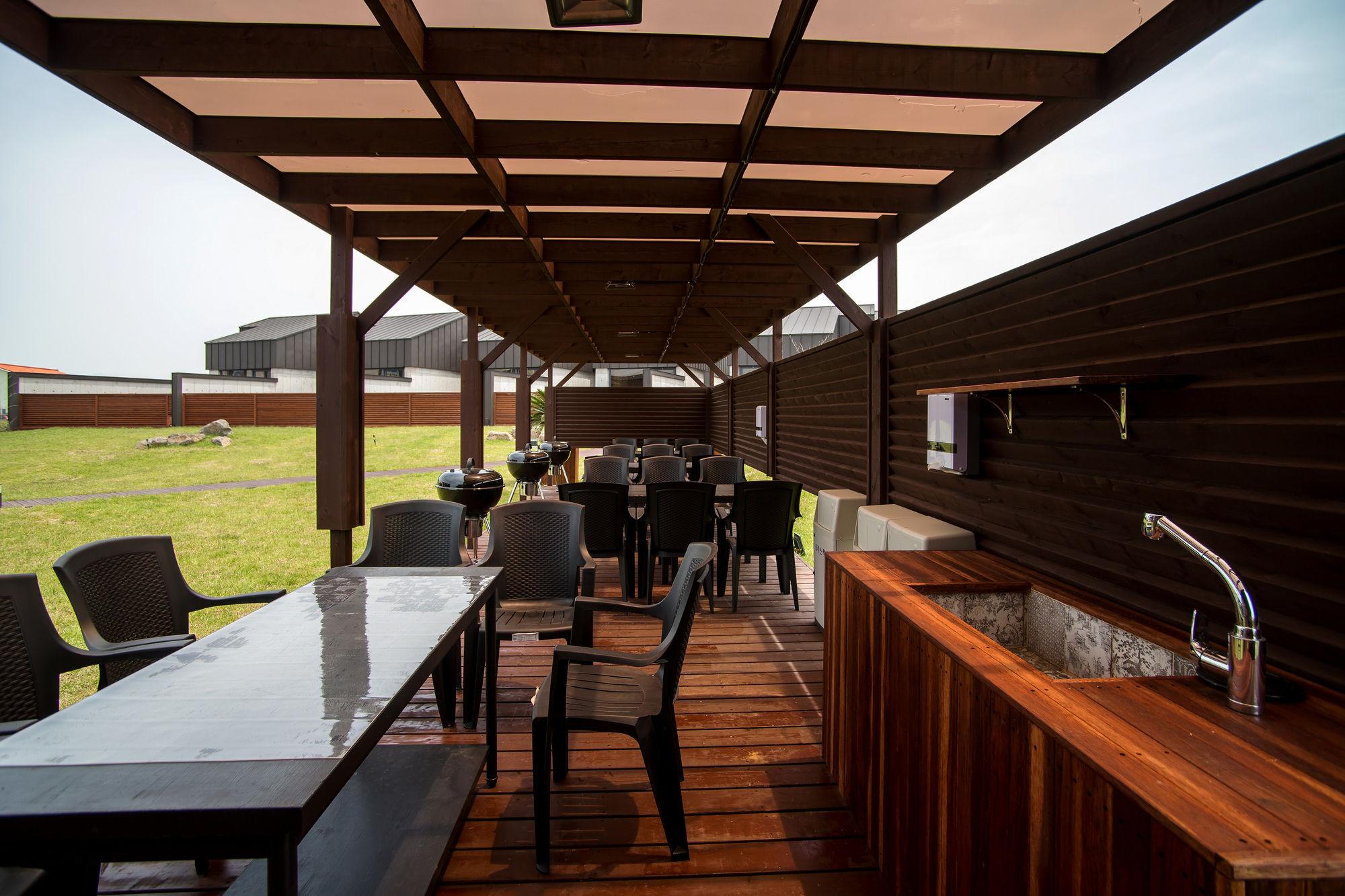 Maison De Jeju Pool Villa