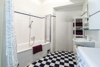 Judengasse Premium Apartments In Your Vienna By Welcome2vienna (جودنگاس پرمیوم آپارتمنتس این یور وین بای ولكوم۲وینا) Bathroom