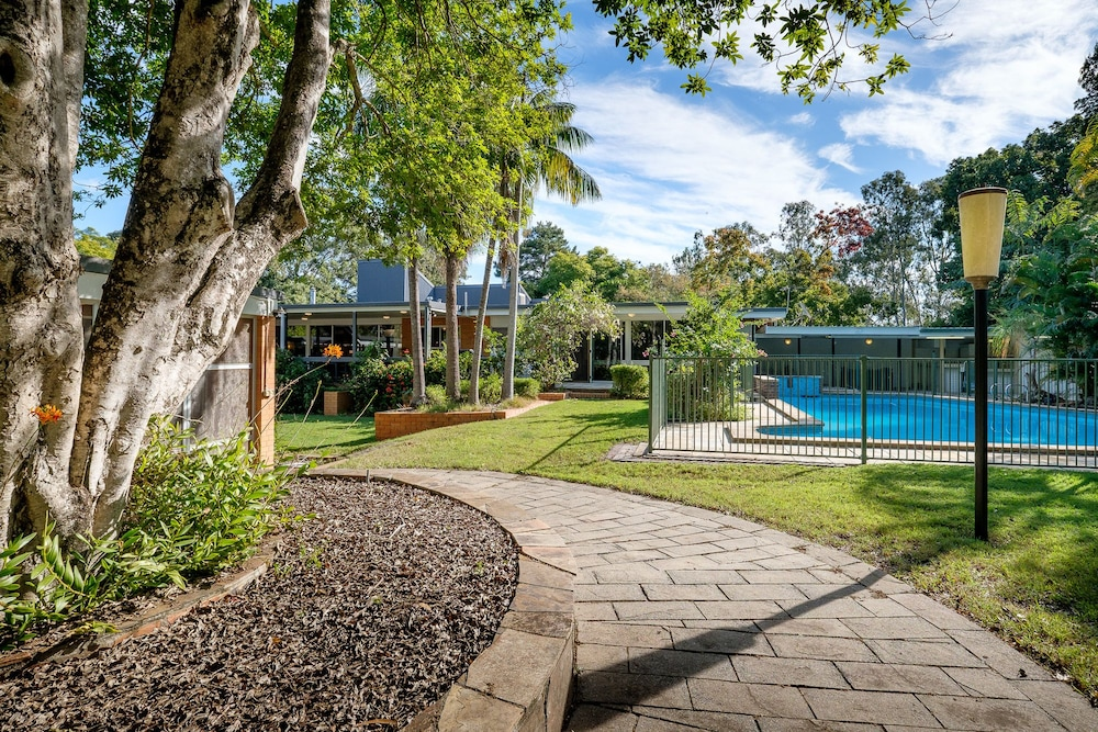 Brookfield Retreat Large Holiday Home Group Accommodation