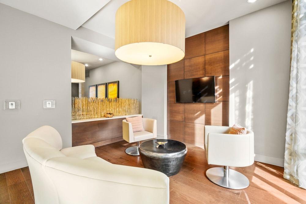 Kasa Dallas Medical District Apartments