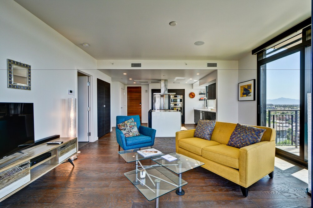 Superstar Condo in Downtown PHX
