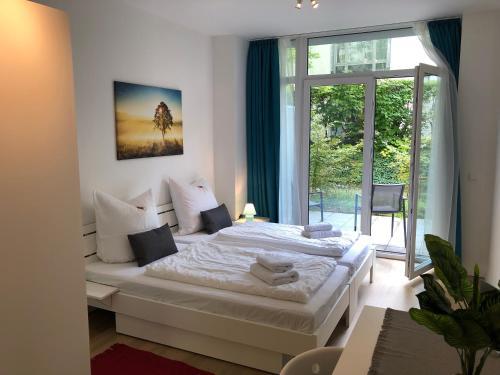 EMILY S Eastgate Garden Suites