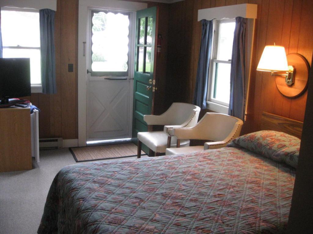 Mount Coolidge Motel