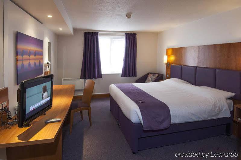 Premier Inn Leicester Central A50