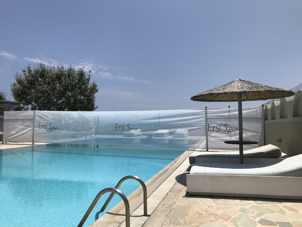 Thera Mare Resort and Spa