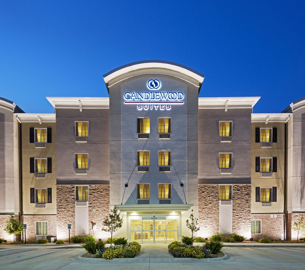 Candlewood Suites West Edmonton Mall Area