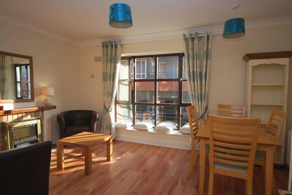 Central 2 Bedroom Dublin Apartment