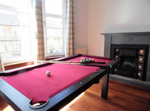 4 Bed Apartment Paisley Near GLA Airport