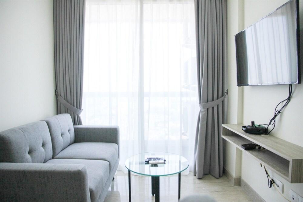 Affordable 2BR Apartment @ Menteng Park