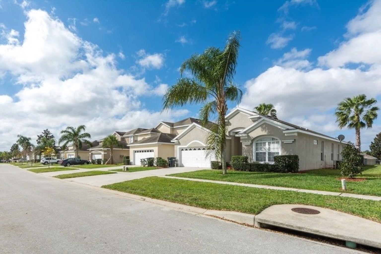 2252WP Windsor Palms