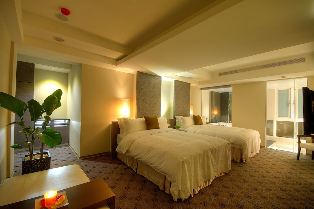 Gallery image of Kapok Hotel & Resorts