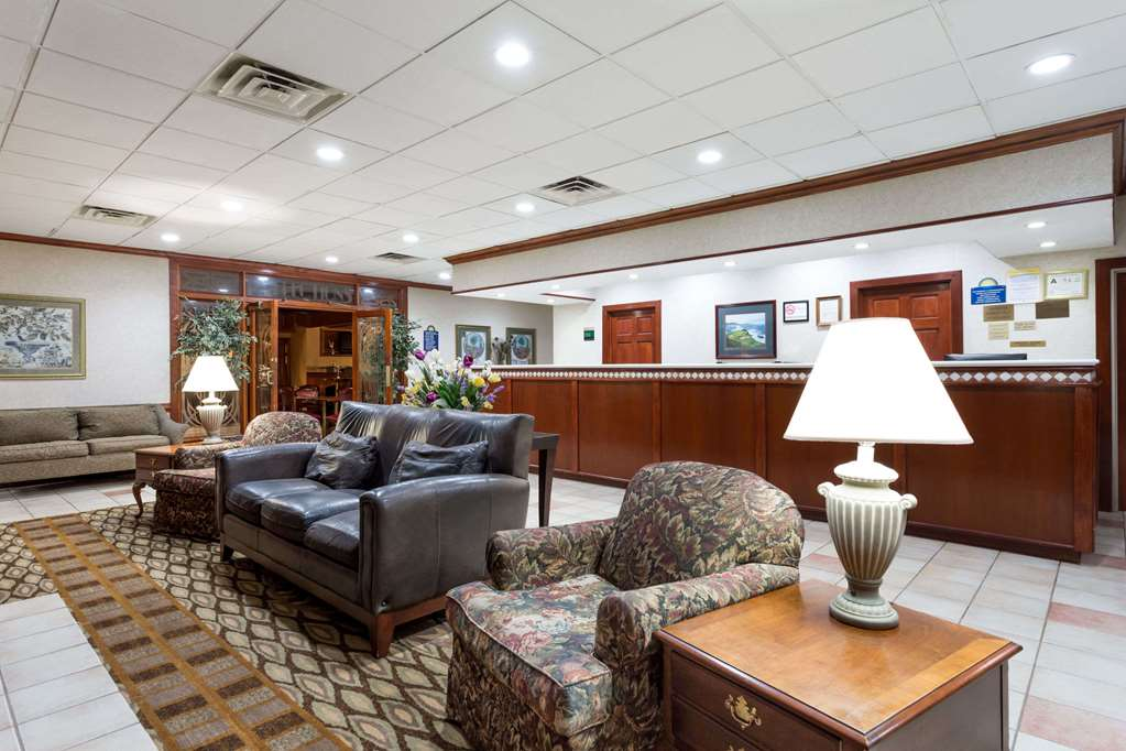 Gallery image of Days Inn & Conf Center by Wyndham Southern Pines Pinehurst