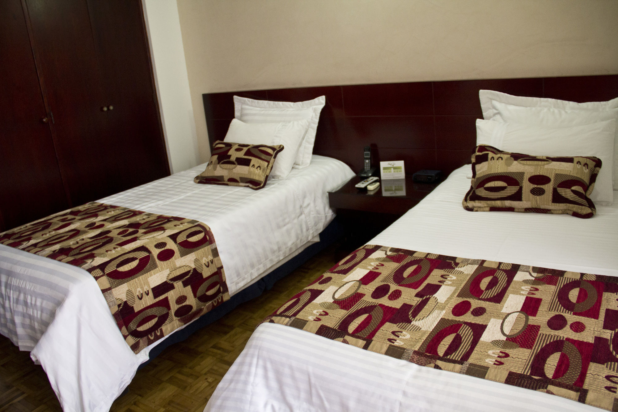 Gallery image of Hotel & Apartasuites Torre Poblado