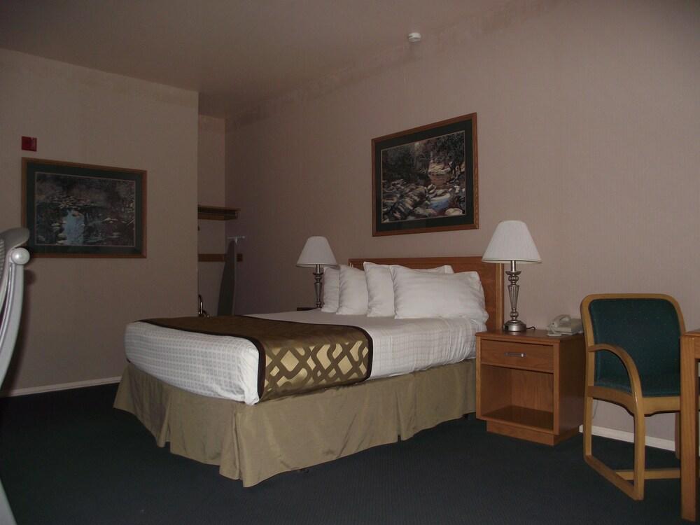 Gallery image of Best Western Rivertree Inn