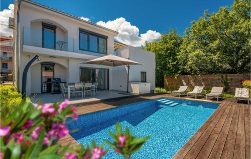 Stunning home in Malinska w Outdoor swimming pool WiFi and 3 Bedrooms