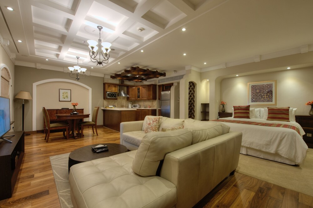 Rawasi Hotel Suites