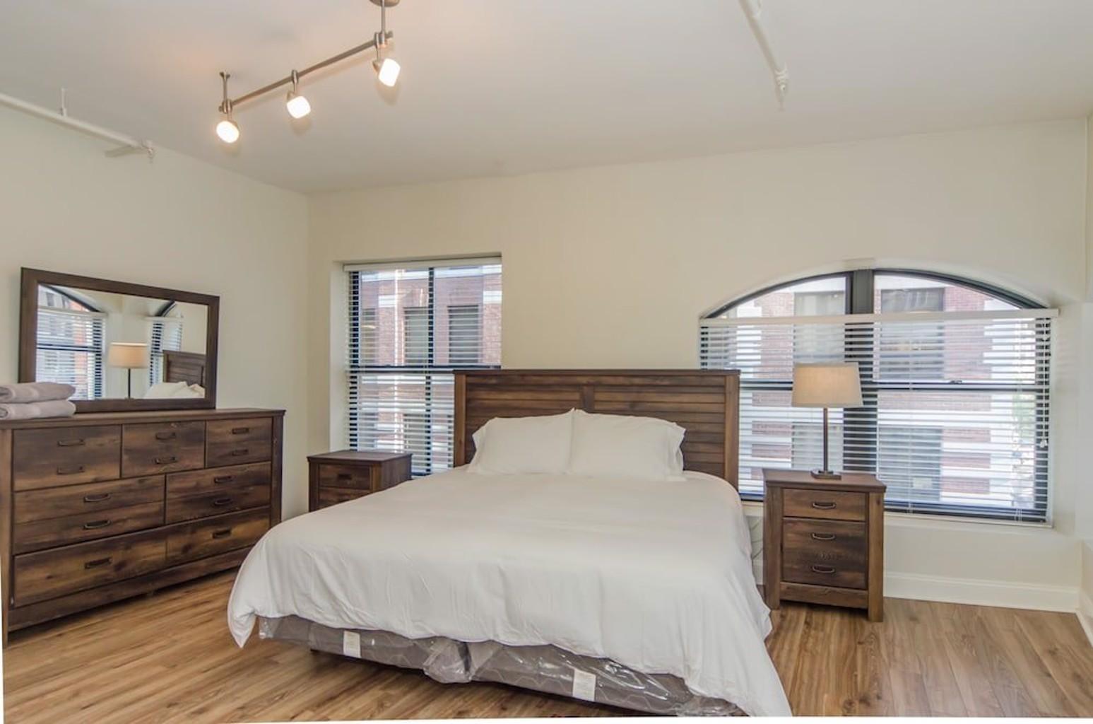 BOS002 2 Bedroom Apartment By Senstay