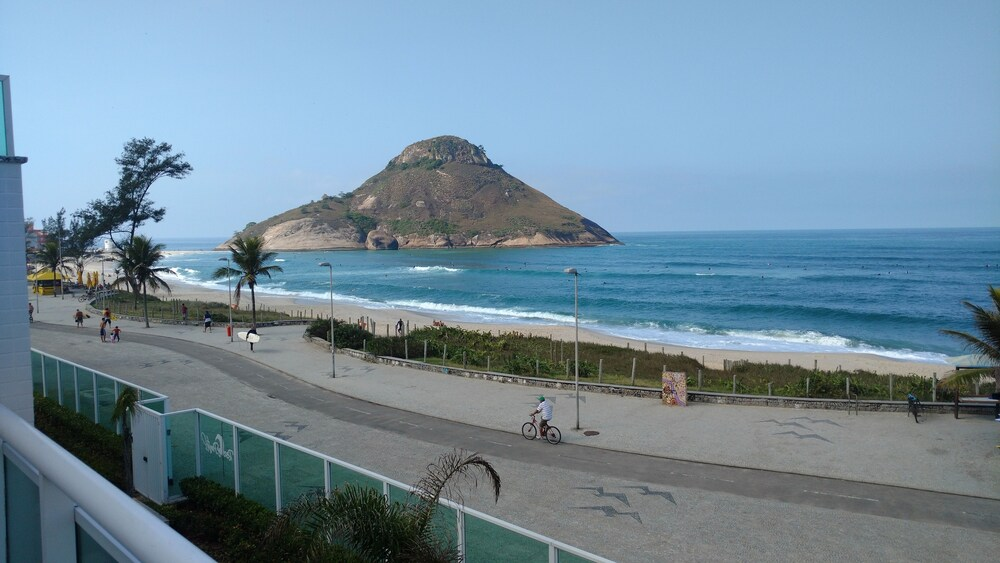 Reserva Pontal Beach