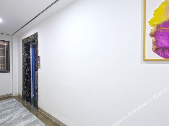 Boxia Xinyuan Apartment