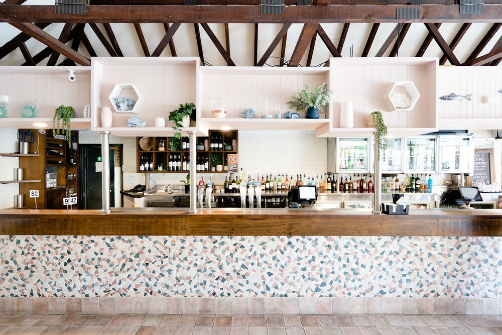 Gallery image of Avoca Beach Hotel