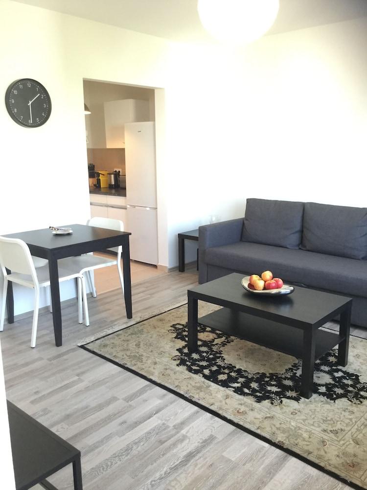Sammy Apartments