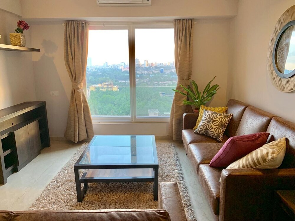 ConnektHomes Room in Shared Service Flat in BKC