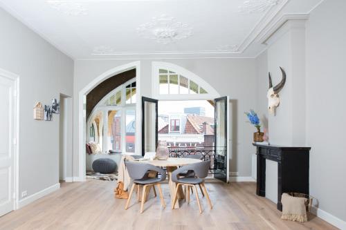 Neude Apartments by H.C.A