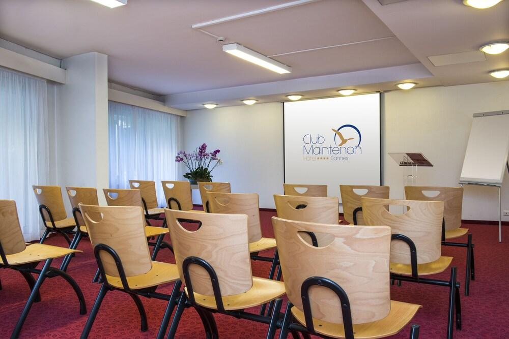 Gallery image of Hotel Club Maintenon