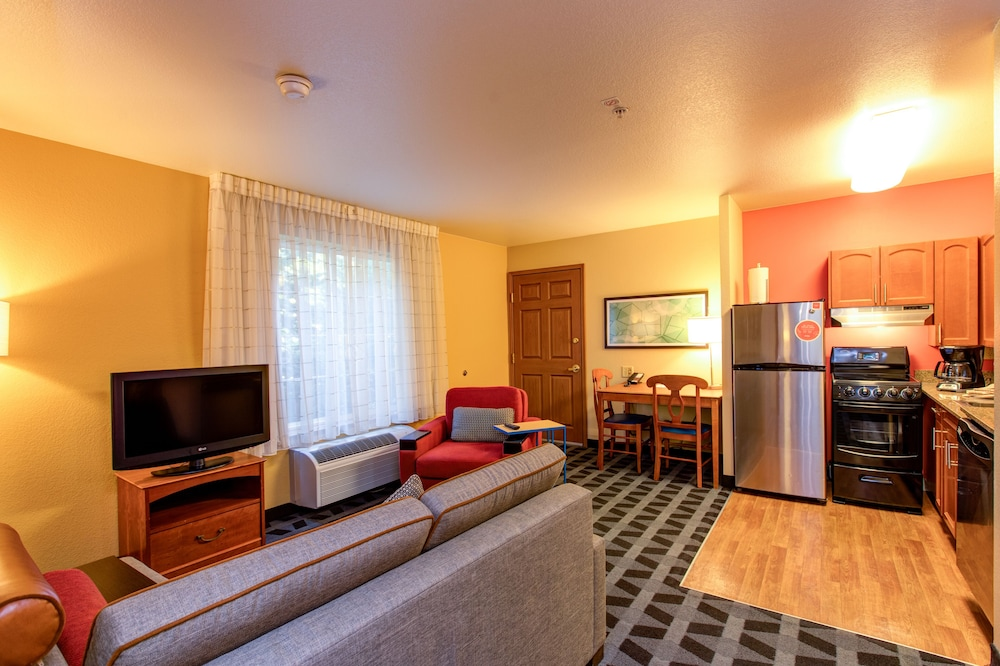 Gallery image of TownePlace Suites Colorado Springs Garden of the Gods