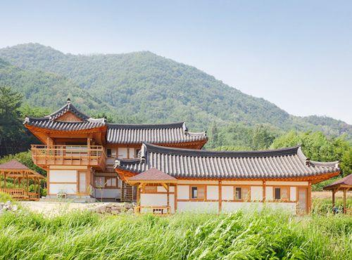 Gallery image of Gyeungju Heyum Pension