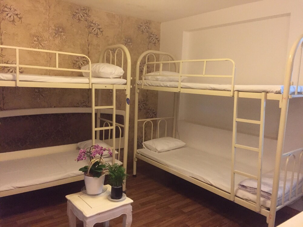 Gallery image of Saigon Pink 2 Hotel