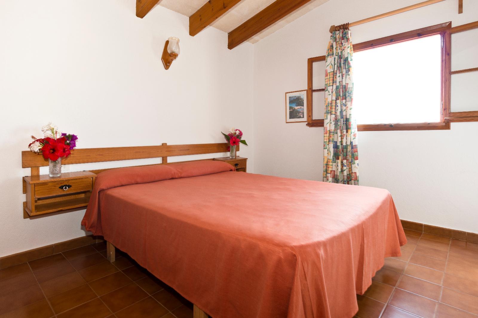 Gallery image of Apartamentos Sa Caleta