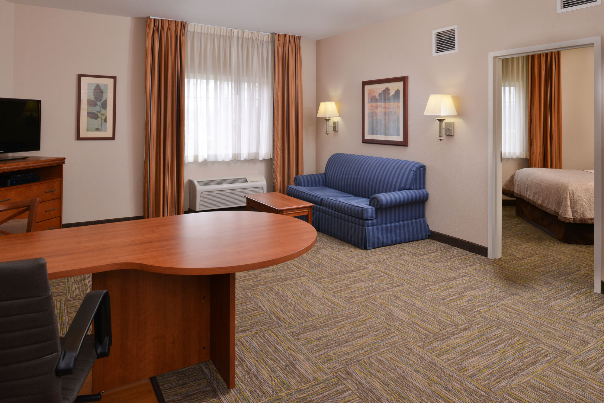 Candlewood Suites Boise Towne Square