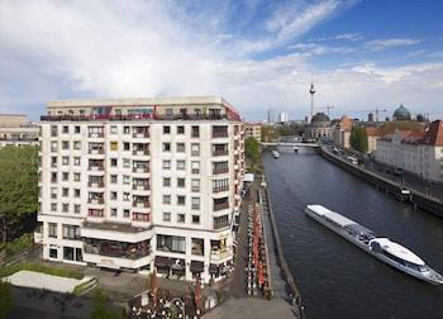 Riverside Royal Hotel & SPA