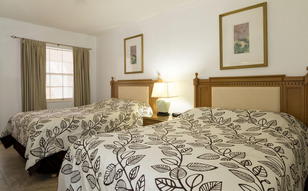 Gallery image of Carriage House Resort Motel