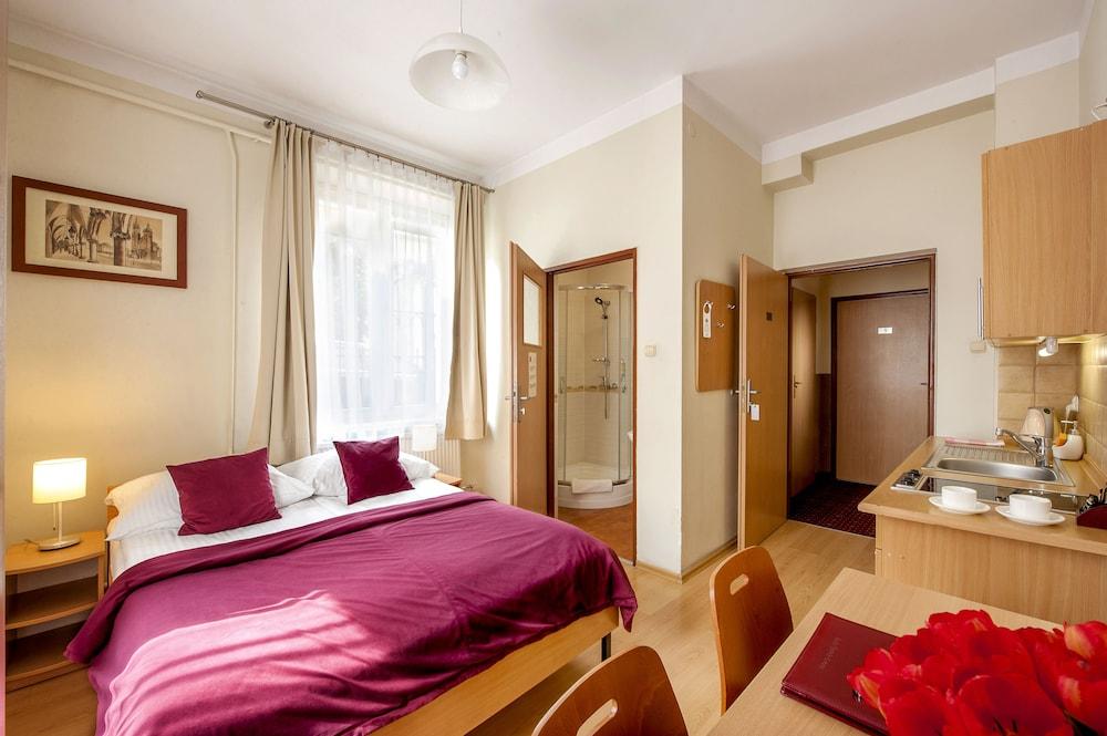 Maly Krakow Aparthotel