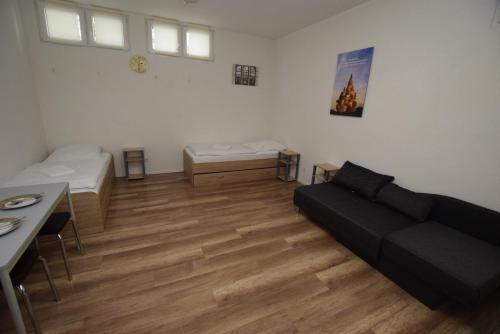 AB Apartment 20
