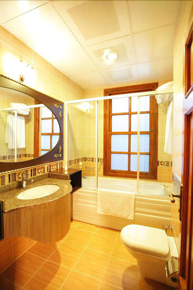 Gallery image of Mediterra Art Hotel